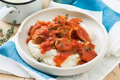 Whip up a quick and easy hearty winter meal with this tasty sausage casserole. Mince Recipes, Fodmap Recipes, Beef Recipes, Cooking Recipes, Budget Recipes, Savoury Recipes, Slow Cooking, Budget Meals, Beef Lasagne