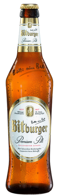 Bitburger Premium Pils (Pilsener) This beer has a clear golden yellow color with a medium sized white head. It has a a nice hop and citrus smell that matches the flavor.