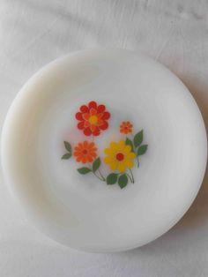 ARCOPAL France vintage lot de 8 assiettes plates à fleurs oranges jaunes rouges