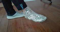 Ladies and gentlemen, I think that nearly every home in America has aluminum foil in itsomewhere. So, you should really ask yourselves – why not try to use it for something besides cooking? YES, there are amany different uses of aluminum foil, especially inthekitchen. Many people in the world use aluminum