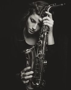 Women sax players - 022 saxophone photoshoot ideas en 2019 в Musician Photography, Band Photography, Portrait Photography, Jazz Saxophone, Saxophone Players, Saxophone Instrument, Band Nerd, Senior Pictures Boys, Music Pictures