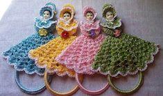 Crochet Fabric, Tapestry Crochet, Crochet Doilies, Crochet Hats, Crochet Christmas Ornaments, Christmas Crochet Patterns, Hand Sewing Projects, Crochet Projects, Crochet Stitches Patterns