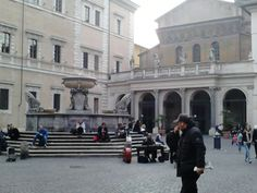 Piazza Santa Maria Trastevere !!!