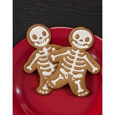 Gingerdead Men Cookie Cutter | Cooking Accessories | Unique Kitchen Gifts | FunSlurp.com