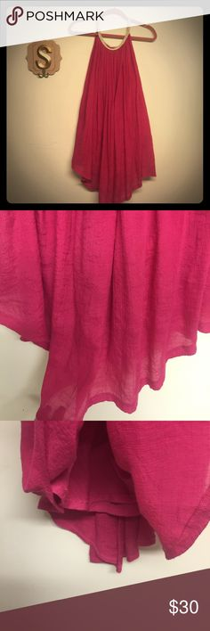 Soft linen hot pink dress size M Super sexy boho hot pink dress perfect for ANY occasion . Very sexy and flattering for the exposed shoulders look. Dresses Midi