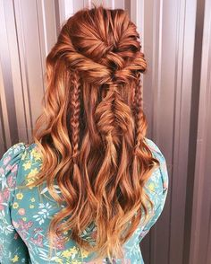 Twisted Half Updo with Messy Braids red hair styles 21 Popular Homecoming Hairstyles That'll Steal the Night Bohemian Hairstyles, Diy Hairstyles, Pretty Hairstyles, Wedding Hairstyles, Messy Braided Hairstyles, Pirate Hairstyles, Redhead Hairstyles, Medieval Hairstyles, Night Hairstyles