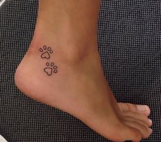 47 Tiny Paw Print Tattoos For Cat And Dog Lovers - tiny pawprint tattoo Informations About 47 Tiny Paw Print Tattoos For Cat And Dog Lovers Pin You can - Mini Tattoos, Small Dog Tattoos, Tiny Tattoos For Girls, Little Tattoos, Tattoo Girls, Trendy Tattoos, Cute Tattoos, Tatoos, Dog Paw Tattoos