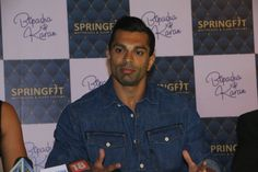 Karan Singh Grover at the Springfit Mattresses' autograph collection launch