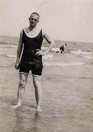 Alexander Rodchenko -   Vladimir Mayakovsky at the Beach,  1928