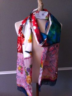 Made by Keet handmade scarves made out of several fabrics 200 x 28 cm.