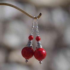 Boucles d'oreilles perles verres rouges et argentées