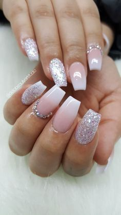 Ombre acrylic nails, coffin shape - Hochzeitsnägel - Best Nail World Pink Glitter Nails, Pink Ombre Nails, Rhinestone Nails, Glitter Makeup, Silver And Pink Nails, White Acrylic Nails With Glitter, Ombre French Nails, French Fade Nails, Sky Blue Nails