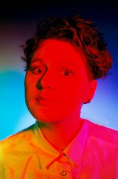Scottish singer Elizabeth Fraser of alternative rock band The Cocteau Twins July 1988 Cocteau Twins, Twin Pictures, Cute Goth, Punk Looks, Cool Album Covers, Alternative Rock Bands, Neon Nights, Women In Music, Best Albums