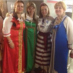 Beautiful sisters from Russia. At the Atlanta, GA International Convention. ♥•.¸¸.•♥   JW.org has the Bible & bible based study aids to read, watch, listen & download in 300+ (sign included) languages. They also offer free in home bible studies.  All at no charge.