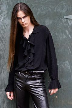 Gothic man long hair black leather pants shirt pale skin Uploaded by Amara Dark Fashion, Gothic Fashion, Men Fashion, Pretty Men, Beautiful Men, Goth Look, Goth Style, Gothic Men, Goth Guys