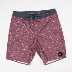 MEN'S RVCA SWIM TRUNKS -- $55 @ shoplastmanstanding.com Fashion Men, Leather Fashion, Surf Shorts, Surf Style, Swim Trunks, Patterned Shorts, Summer Vibes, Coffee Shop, Beachwear