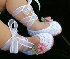 These are so adorable! Gotta have these if it's a girl!