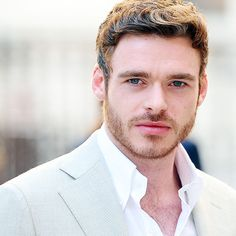 Richard Madden attending the Royal Academy of Arts: Summer Exhibition