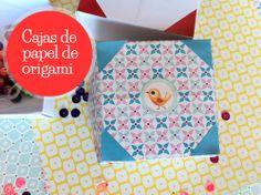 Caja de papel de origami. Puedes ver el paso a paso aquí: http://manualidades.euroresidentes.com/2013/06/como-hacer-una-caja-de-papel-en-1-minuto.html