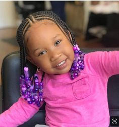 All styles of box braids to sublimate her hair afro On long box braids, everything is allowed! For fans of all kinds of buns, Afro braids in XXL bun bun work as well as the low glamorous bun Zoe Kravitz. Toddler Braided Hairstyles, Black Kids Hairstyles, Baby Girl Hairstyles, Natural Hairstyles For Kids, Kids Braided Hairstyles, Natural Hair Styles, Teenage Hairstyles, African Kids Hairstyles, African American Girl Hairstyles
