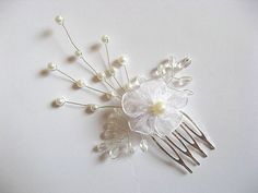 Pieptan pentru mireasa cu decor floare 20144 – Cadouri HandMade Bobby Pins, Hair Accessories, Brooch, Beauty, Jewelry, Fashion, Crystal, Bead, Moda