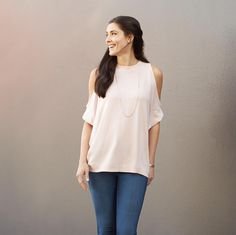 Don't give this trend the cold shoulder. See how to wear shoulder-baring (& bra-friendly!) styles at blog.stitchfix.com. #trendalert