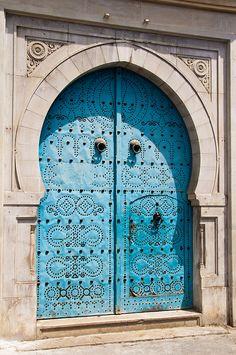 Door in Medina,Tunis