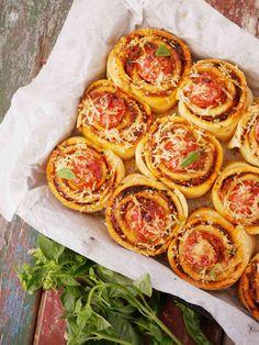 35 Best Ideas For Pasta Casserole Recipes Pizza Pizza Recipes, Casserole Recipes, Seafood Recipes, Gourmet Recipes, Vegetarian Recipes, Cooking Recipes, Pasta Casserole, Seafood Pizza, Craving Carbs