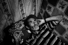 Tramadol - Photographs and text by Antonio Faccilongo Contemporary Photography, Photojournalism, Storytelling, Photographs, Lens, Culture, Pictures, Photos, Fotografie