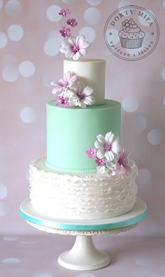 Lucia+II+-+Cake+by+Michaela+Fajmanova Love the cake minus the flowers Gorgeous Cakes, Pretty Cakes, Cute Cakes, Amazing Cakes, Wedding Cake Designs, Wedding Cakes, Fondant Cakes, Cupcake Cakes, Bolo Floral