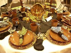 Safari-decorations-for-dining-table Safari Jungle Party Theme. Safari Home Decor, Safari Decorations, Table Decorations, Reunion Decorations, Outdoor Decorations, Centerpieces, Wedding Decorations, Jungle Theme Parties, Safari Theme Party