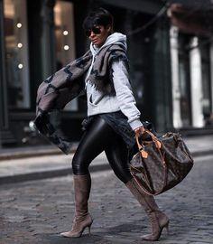 Great style by the beautiful Kyrzayda Rodriguez ( Diva Fashion, Womens Fashion, Fashion Trends, Fall Winter Outfits, Autumn Winter Fashion, Chic Outfits, Fashion Outfits, Outfit Invierno, Vetement Fashion