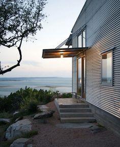 corrugated-metal-siding-texas-facade-gardenista