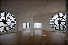 CLOCK WINDOWS!