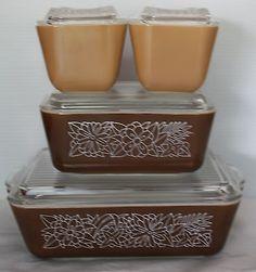 Vintage Pyrex Refrigerator 8 piece Dish Set Woodland Brown Pattern