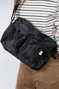 My Bags, Purses And Bags, Trendy Outfits, Cute Outfits, Bel Air, Mode Inspiration, Gifts For Girls, Spring Summer Fashion