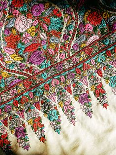 A close-up of a kani sozni shawl at Beigh.