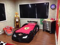 Lachlan's Car bedroom