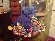 Great coral reef costume https://creativetotheheart.wordpress.com/2014/09/24/my-halloween-costume/