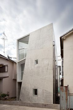 House Folded, Alphaville Architects