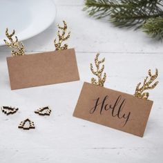 Dress your table in style this Christmas with these Gold Glitter Antler place cards with adorable glitter antler design. Christmas Place Cards, Christmas Table Settings, Christmas Table Decorations, Rustic Christmas, Christmas Themes, Christmas Wreaths, Christmas Bunting, Christmas Fireplace, Christmas Christmas