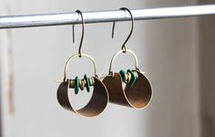 Vestales earrings  brass and green malachite stones  by LucieTales, €30.00