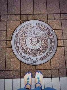 Twitter / dakaratakara128: 出雲市駅周辺のマンホール○