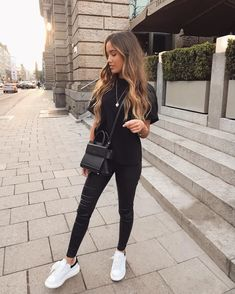 Pin now, check the outfit ideas later. clothes ideas / clothing ideas / outfit /… Pin now, check the outfit ideas later. Basic Outfits, Sporty Outfits, Mode Outfits, Trendy Outfits, Fashion Outfits, Fashion Tips, Comfy Travel Outfit, Travel Outfit Summer, Casual Summer Outfits