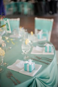 Maryland Wedding Favors Meaghan Elliot Photography1 275x413 Chesapeake Bay Wedding Reception: Kelly + Robert