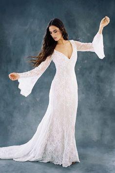 Halloween Wedding Dresses, Wedding Dresses For Sale, Modest Dresses, Bridesmaid Dresses, Bridesmaid Gifts, Bridal Gowns, Wedding Gowns, Sage Wedding, Boho Wedding
