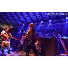 E mais um show com nossos manos do @cidadeverdesounds!!! Valeu demais @adonaireggae e @dubmastor |- CIDADE VERDE SOUNDS 13/11 no Brasuca #reggaemusic #reggaevive #dub #bobmarley #cidadeverdesounds #paralelourbano #music #sonoridades #brasuca #bolachassonoras #seletas #discotecagem #realdjs #turntablism #djs paralelo urbano by paralelourbano http://ift.tt/1HNGVsC