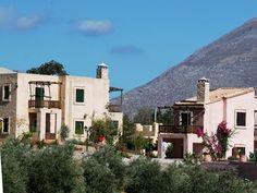 Enagron Traditional Houses in Axos Crete - Exterior View    http://www.enagron.gr
