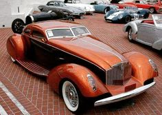 Obviously a real car, not a render. No info, grill seems to be Packard influence. Obviously a real car, not a render. No info, grill seems to be Packard influenced. Retro Cars, Vintage Cars, Antique Cars, Carros Retro, Design Autos, Roadster, Amazing Cars, Awesome, Car Car
