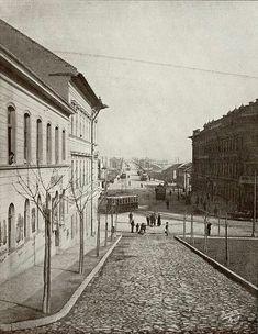 1900 körül. Margit híd, Margit körút a Margit utcából nézve.